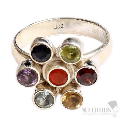 Čakrový prsten Sedmikráska stříbro s polodrahokamy Ag 925