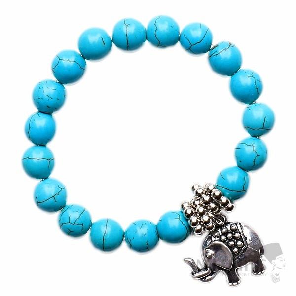 Kouzelně modrý náramek z korálků tyrkysu a přívěskem se slonem ... 5e45c23bc9e