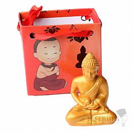 Buddha meditující zlatý v dárkové taštičce