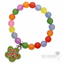 Dětský náramek s barevnými perličkami a s kytičkou