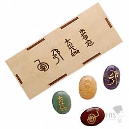 Reiki sada kamenů se symboly Reiki v dřevěné krabičce